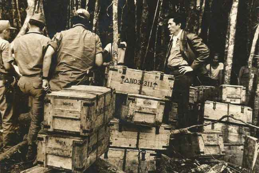 Marcos defense secretary Juan Ponce Enrile in May 1972 inspecting assault rifles shipped to the NPA, courtesy of Mao Zedong.