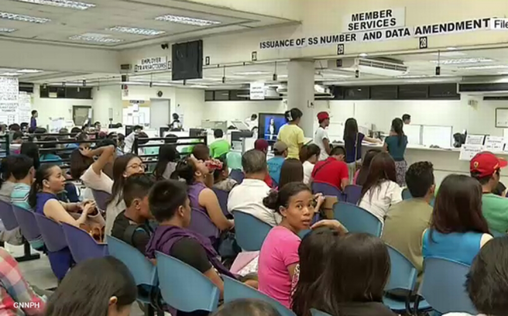 2M SSS retirees finally get additional P1,000 pension