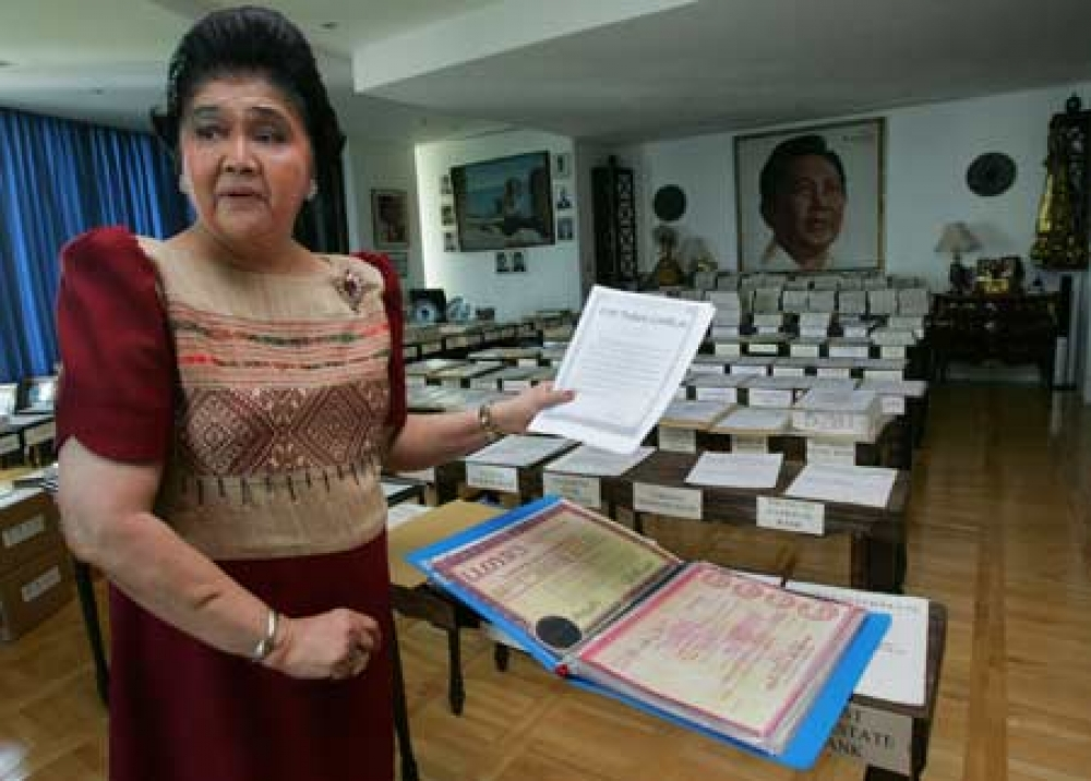 Marcoses not thieves! They borrow to safekeep!